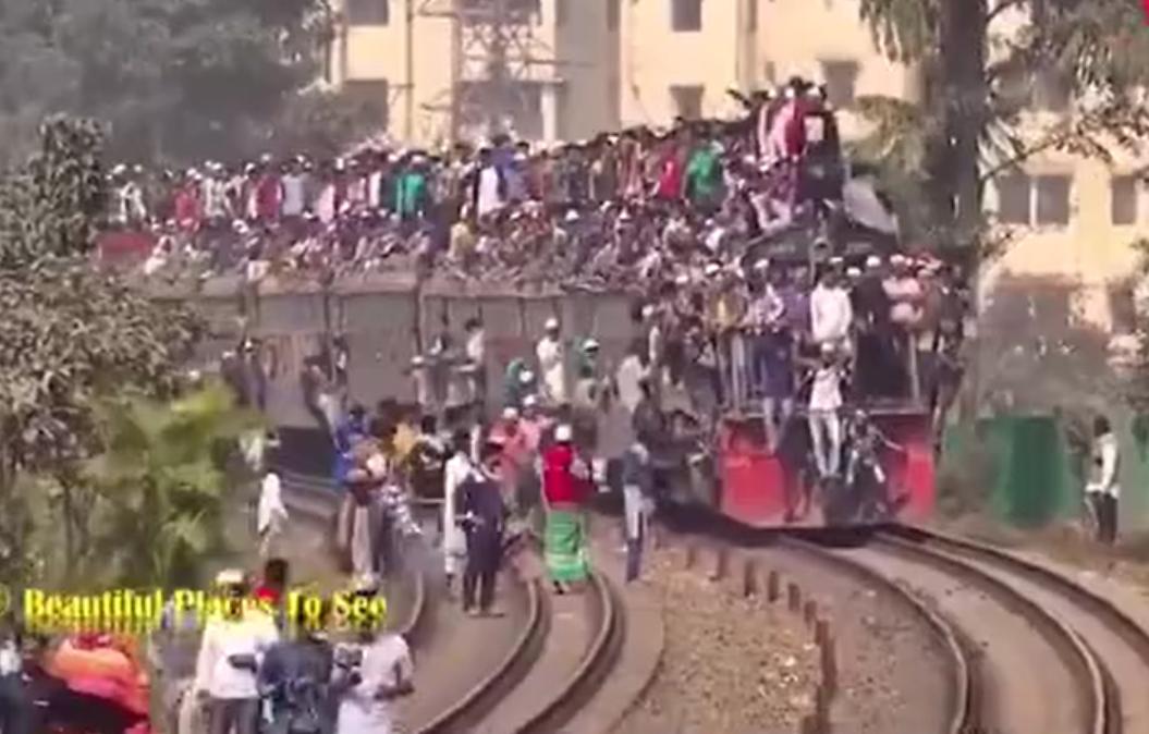 有感于真实的印度火车