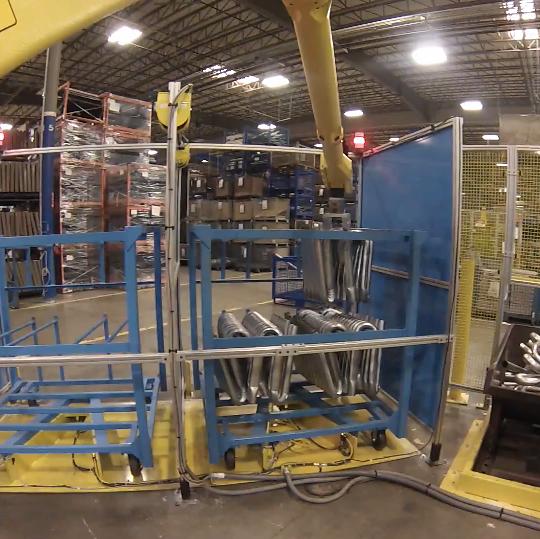国外机器人弯管机自动弯管自动压扁生产线