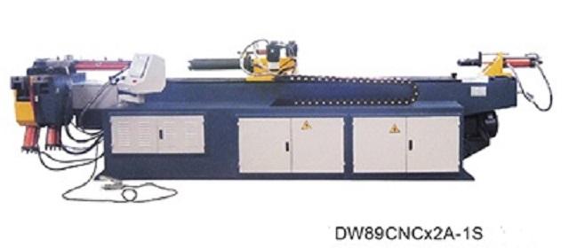 液压弯管机在国内管道加工行业中的正常应用