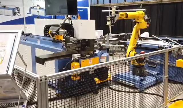 台湾瀚捷弯管机与工业机器人组自动化工作站